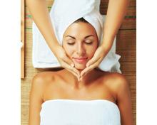 Klassische Gesichtsbehandlung und Ayurveda-Massage