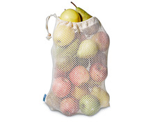 Multibag oder Tragtasche füllen mit diversen Äpfeln und Birnen