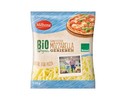 Bio Mozzarella gerieben
