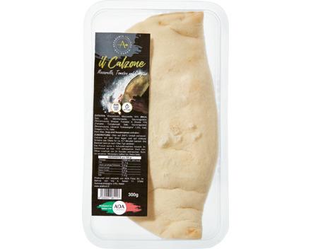 Il Calzone Pomodoro e Mozzarella con Origano