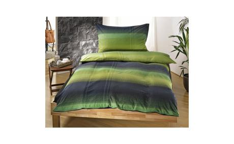 Bringen Sie mit dieser wundervollen grün-grau gestreiften Bettwäsche ...